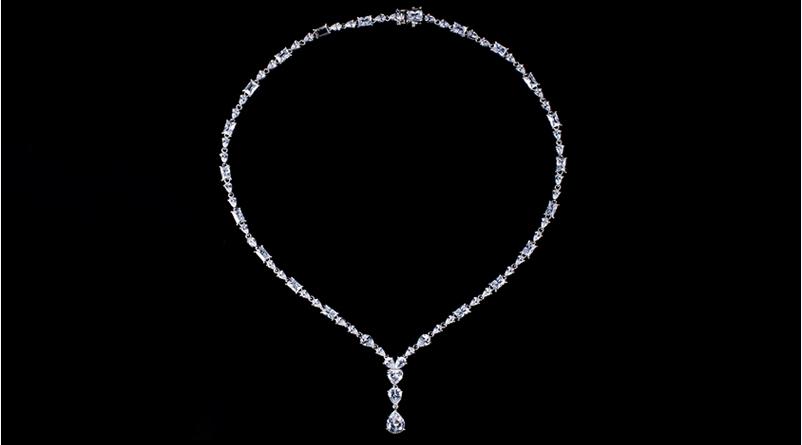 925纯银时尚镶锆石项链